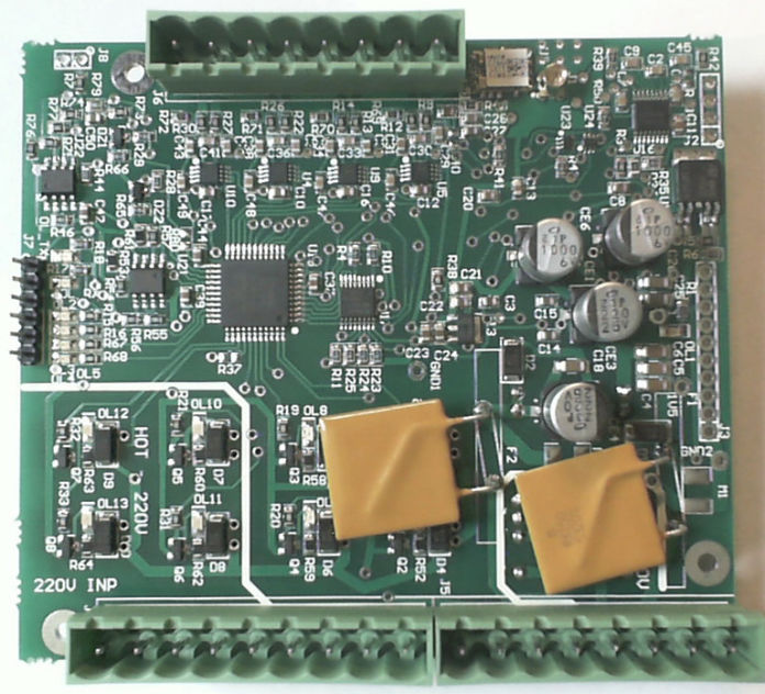 The industrial controller with Microchip PIC18F46 Microprocessor